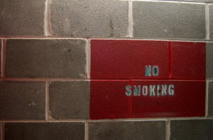 no smoking wall sign screenshot