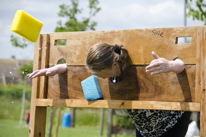 Wet Sponge Throwing